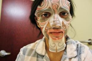 SNP Beijing Opera Brightening Mask